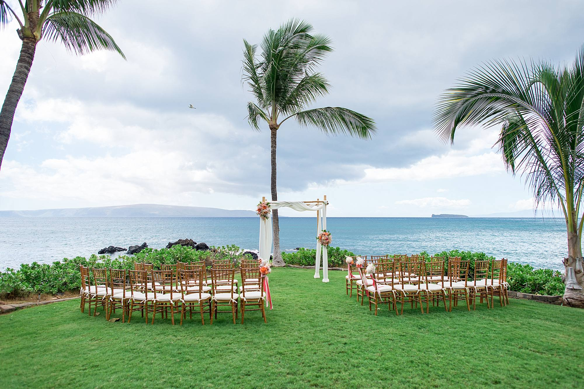 gorgeous-maui-wedding-at-sugarmans-estate_0003