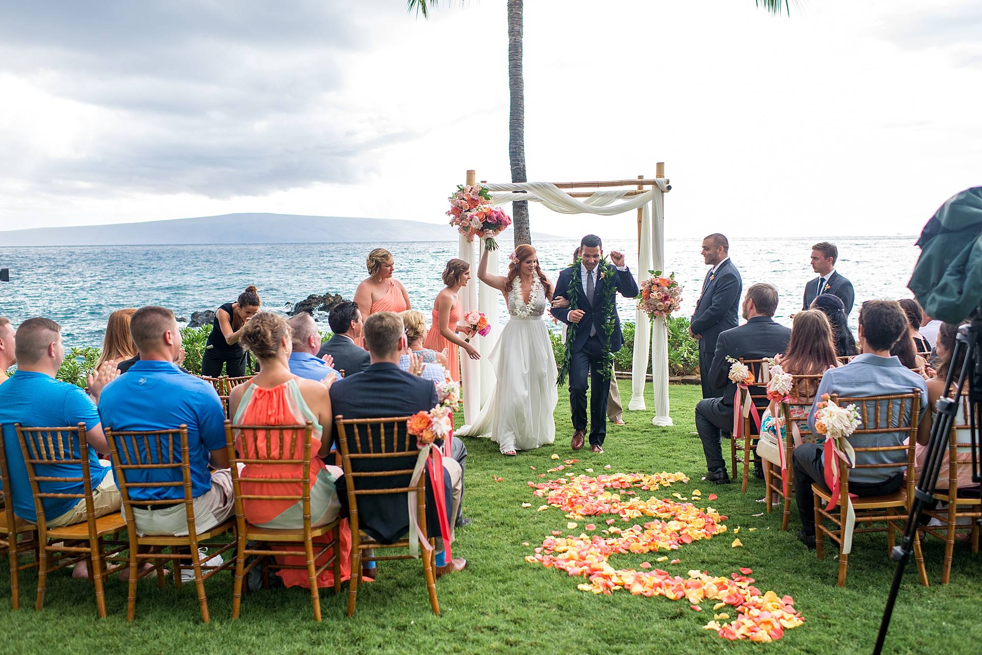 gorgeous-maui-wedding-at-sugarmans-estate_0031