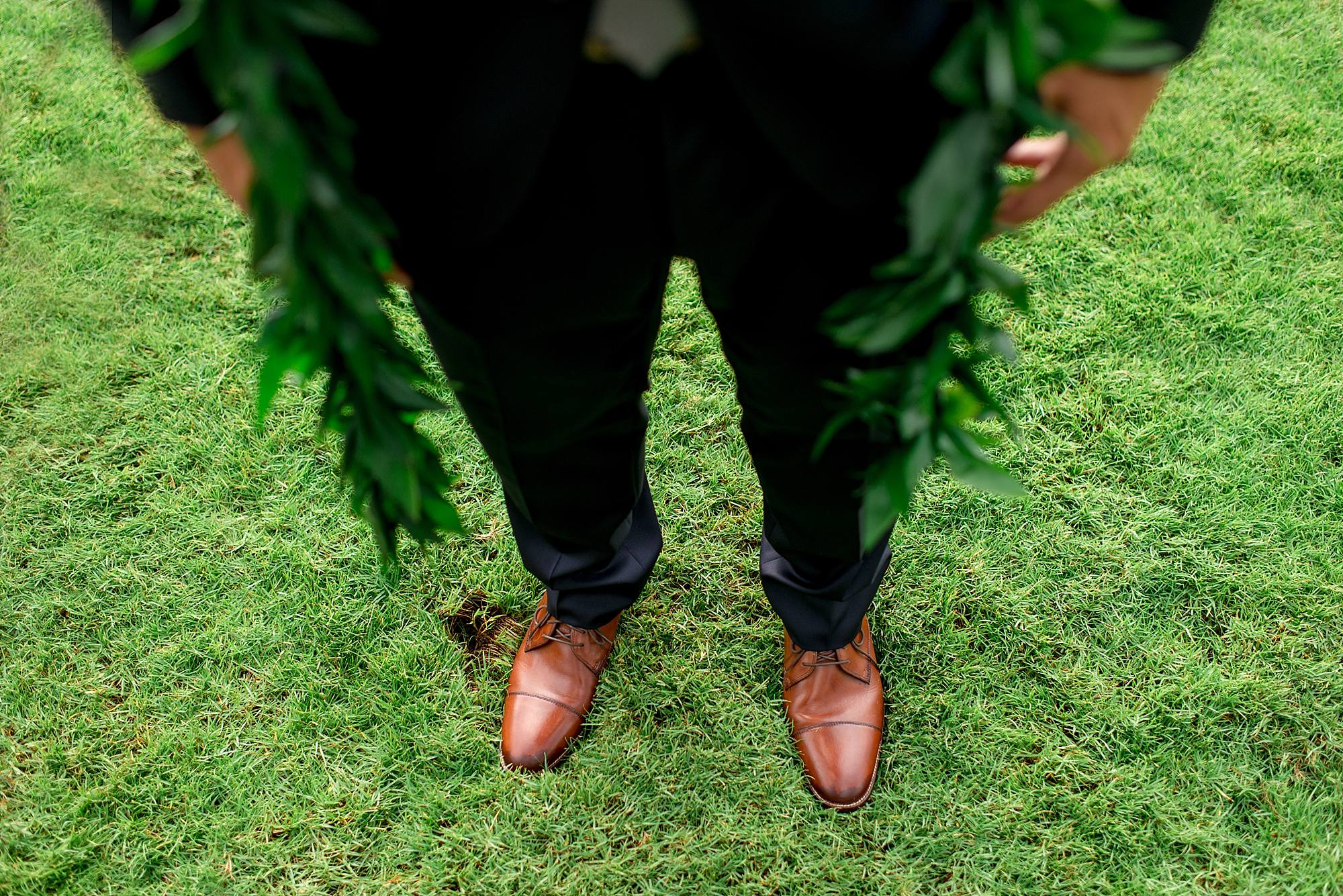 gorgeous-maui-wedding-at-sugarmans-estate_0036