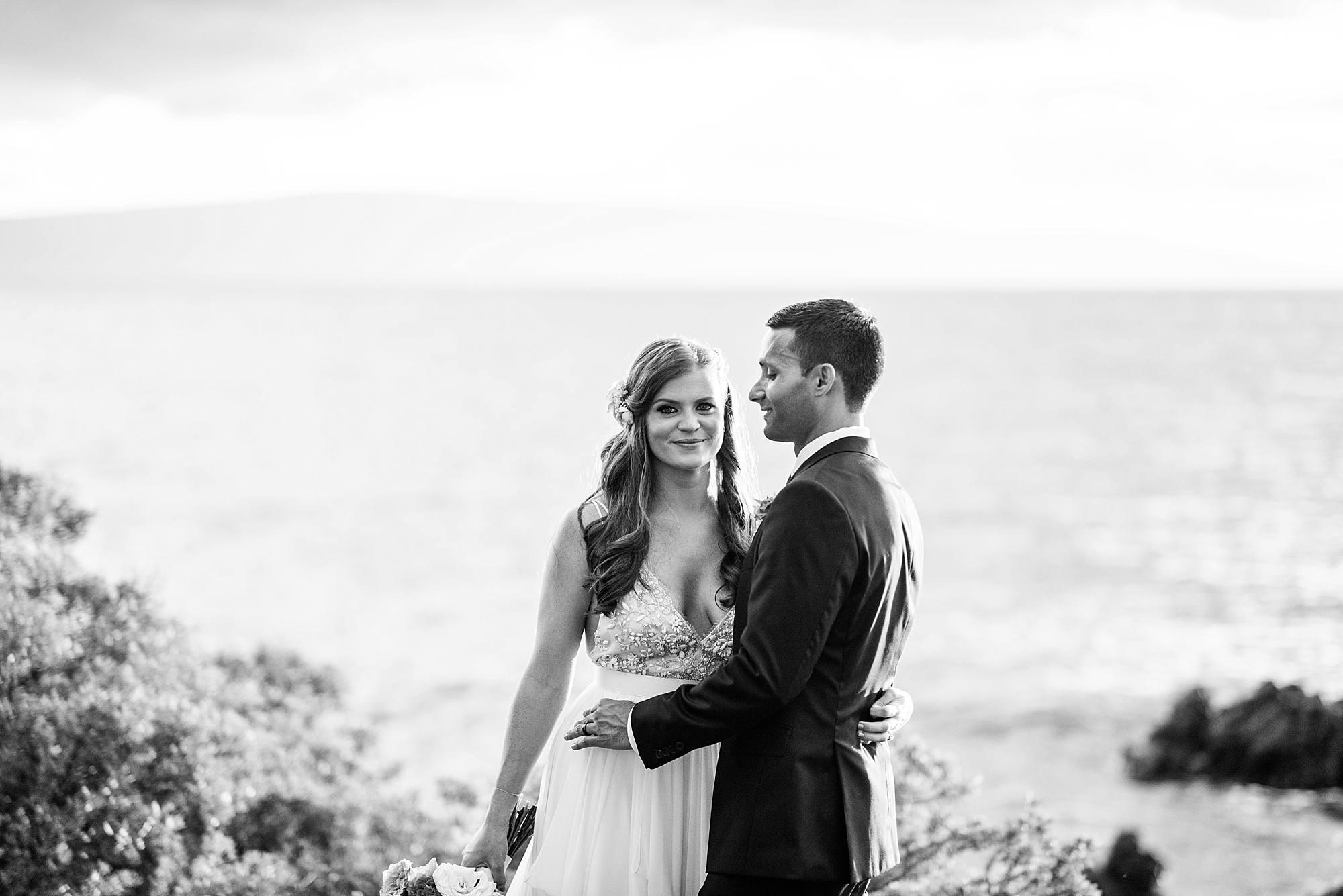 gorgeous-maui-wedding-at-sugarmans-estate_0054