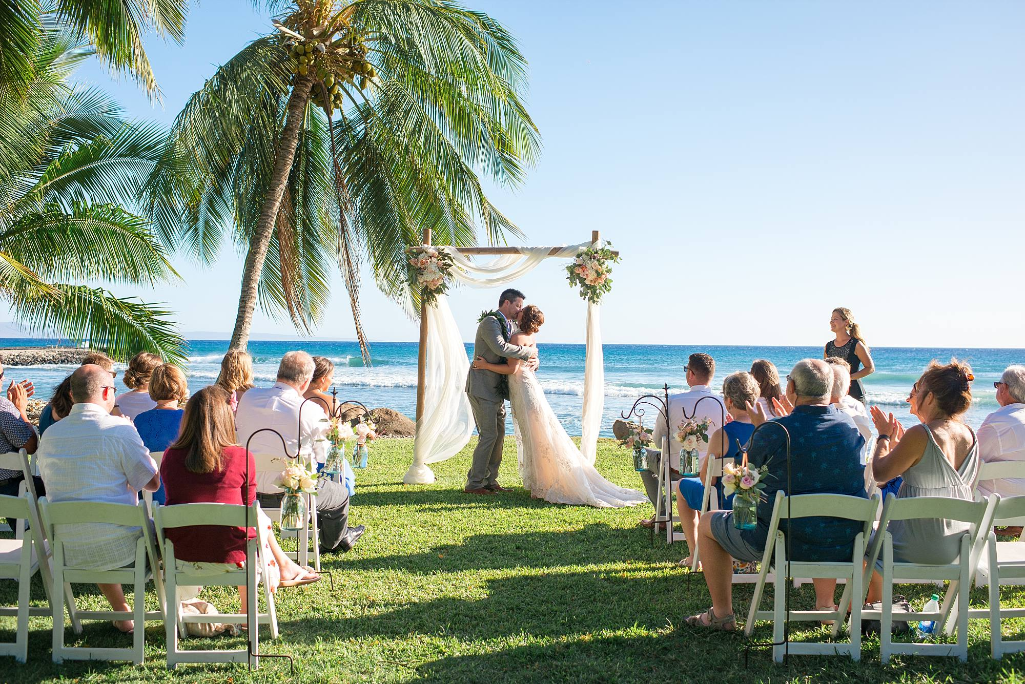 first kiss as husband and wife in Maui