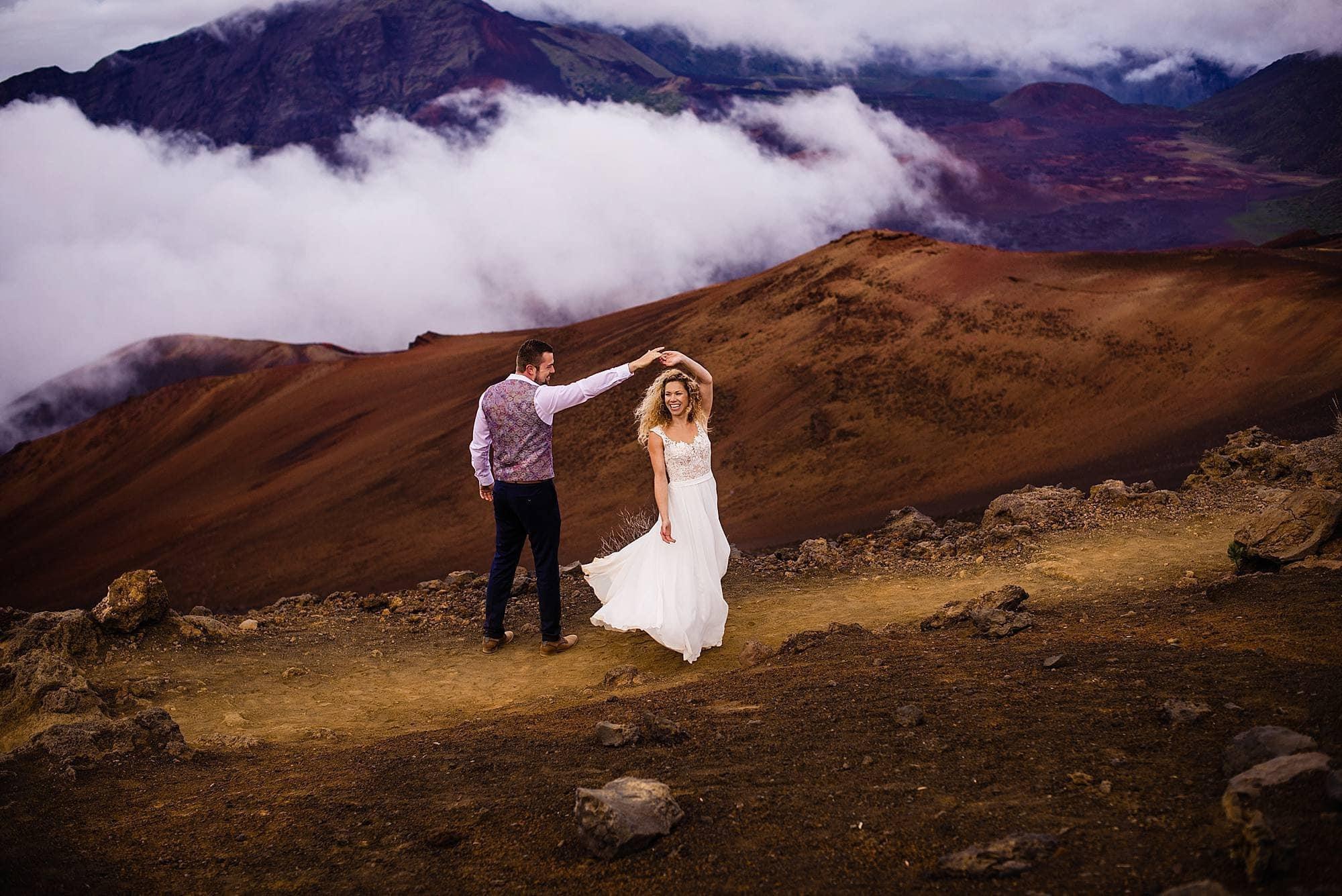 couple dancing in haleakala's crater