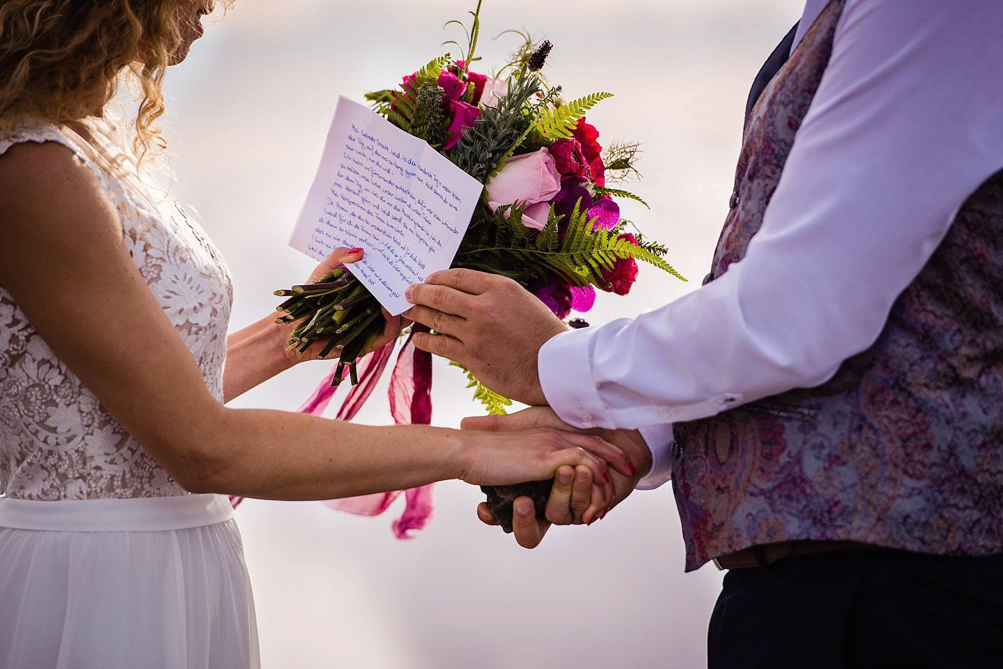 reading vows during wedding ceremony