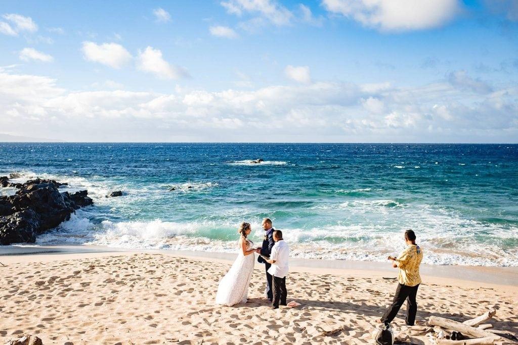 oneloa beach wedding