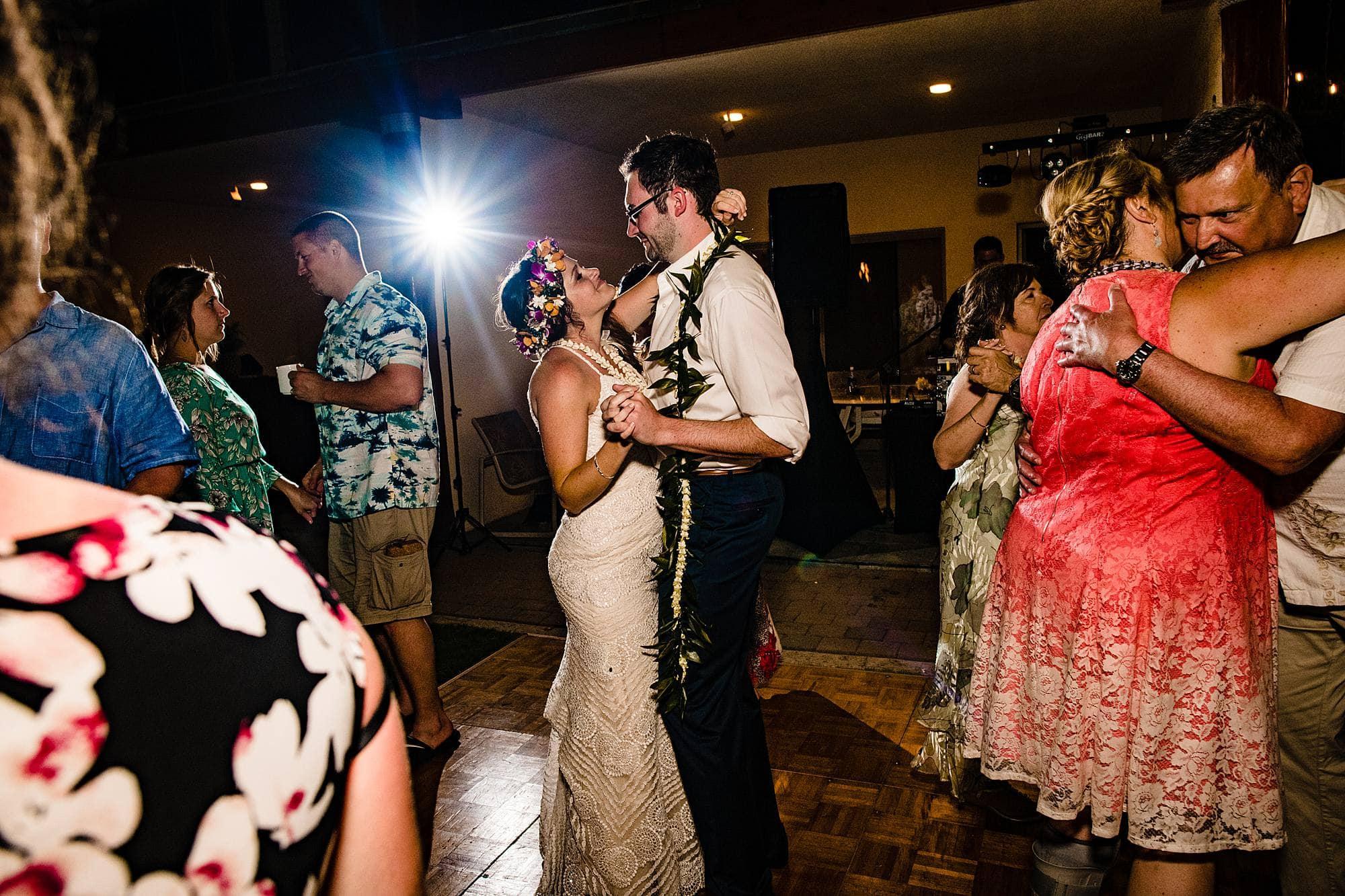 last dance at vibrant kihei wedding