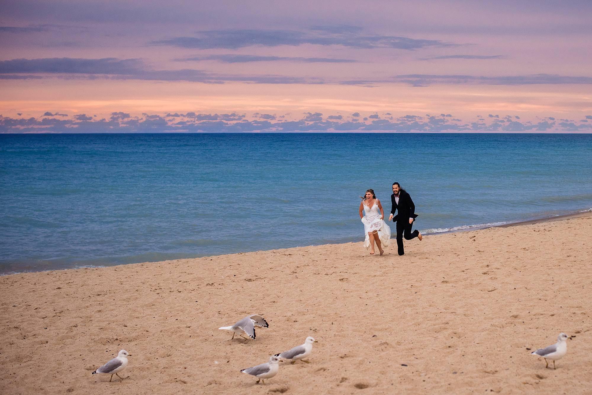 wedding photos at warren dunes state park