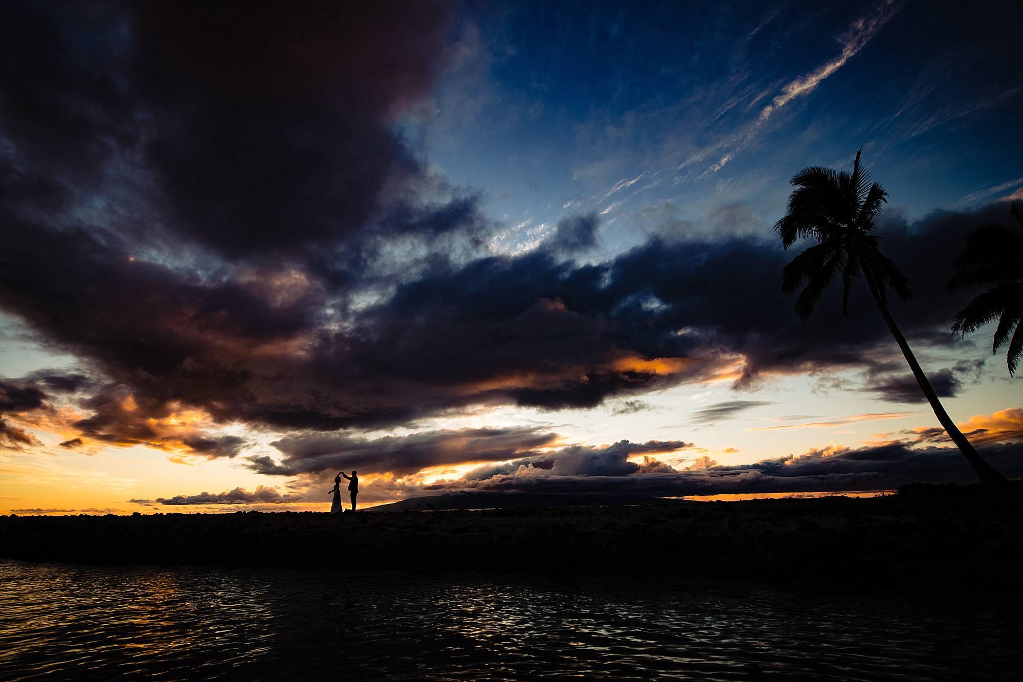 sunset silhouette at olowalu plantation house