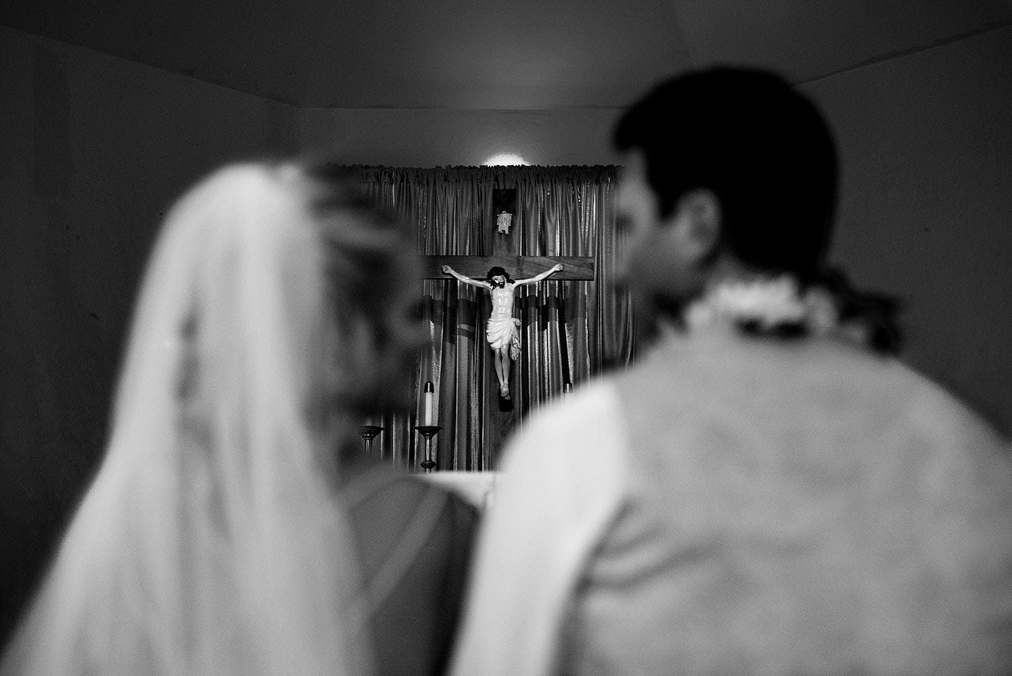catholic wedding at maria lanikila church in maui, hawaii
