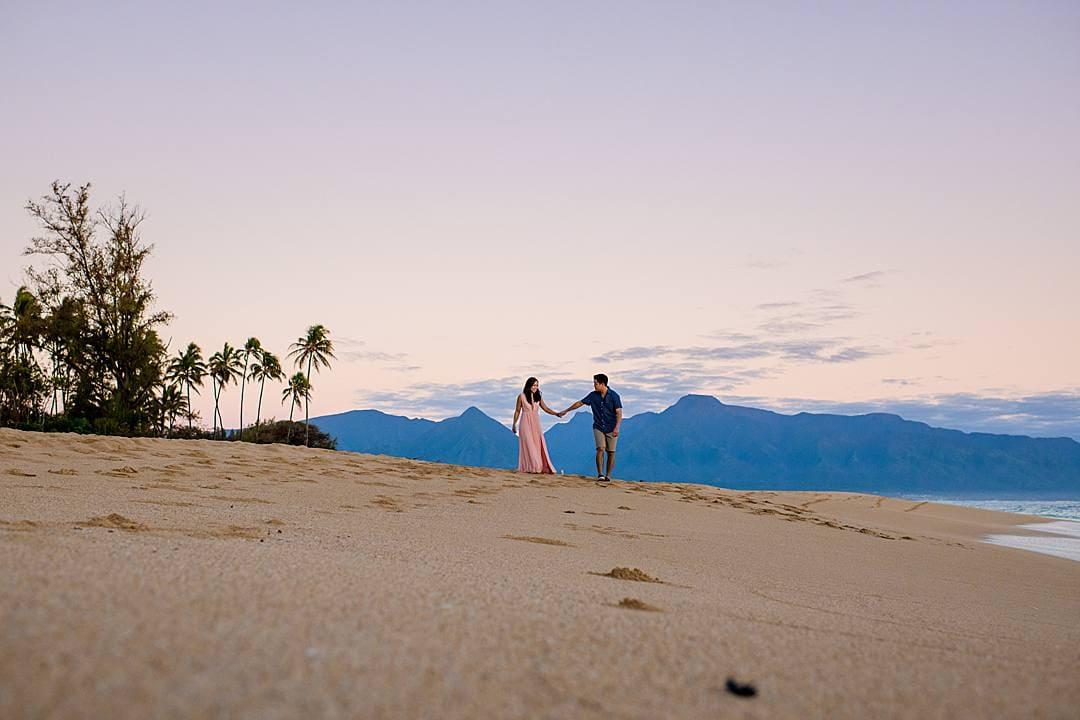 maui engagement photos on baldwin beach