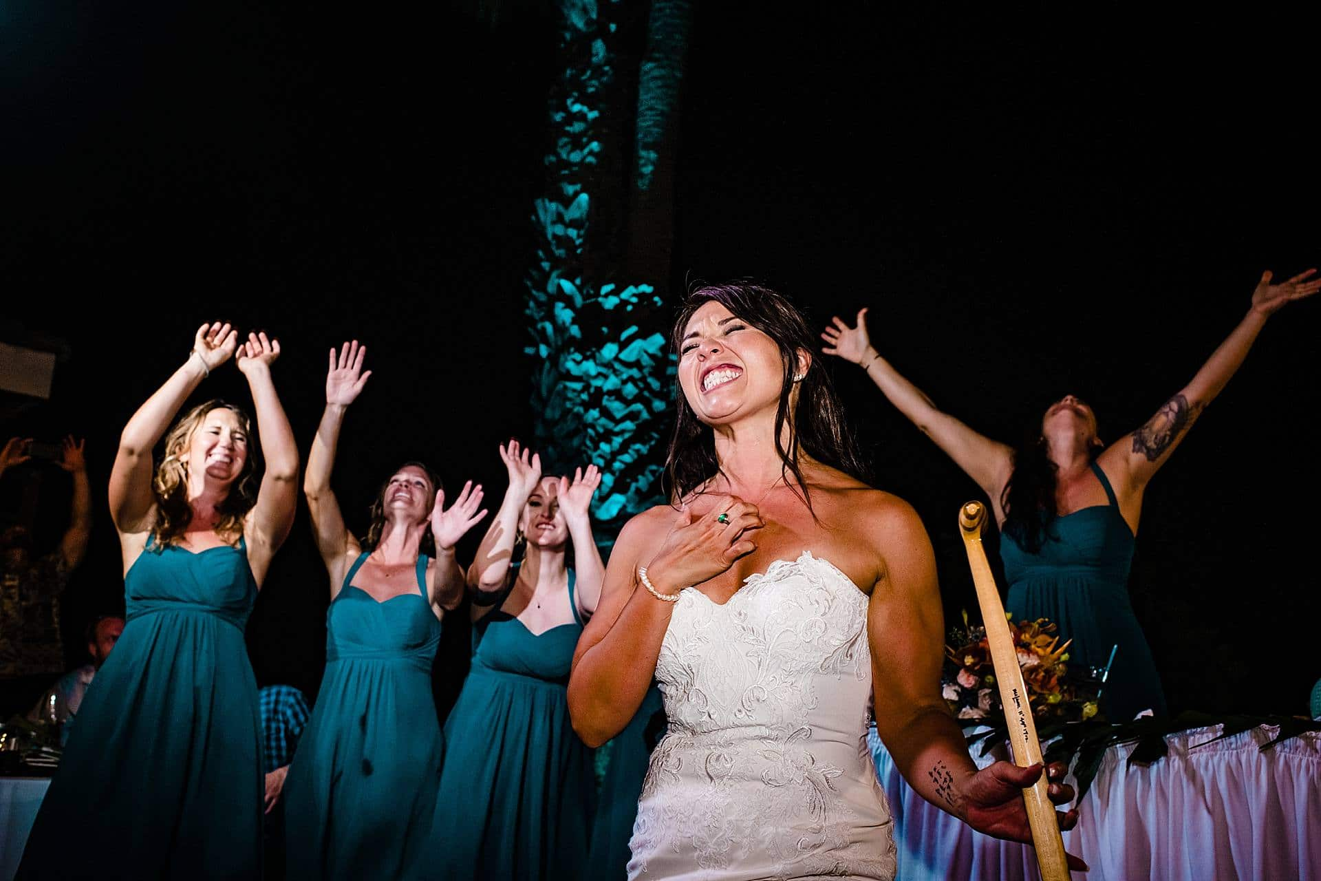 candid maui wedding photography