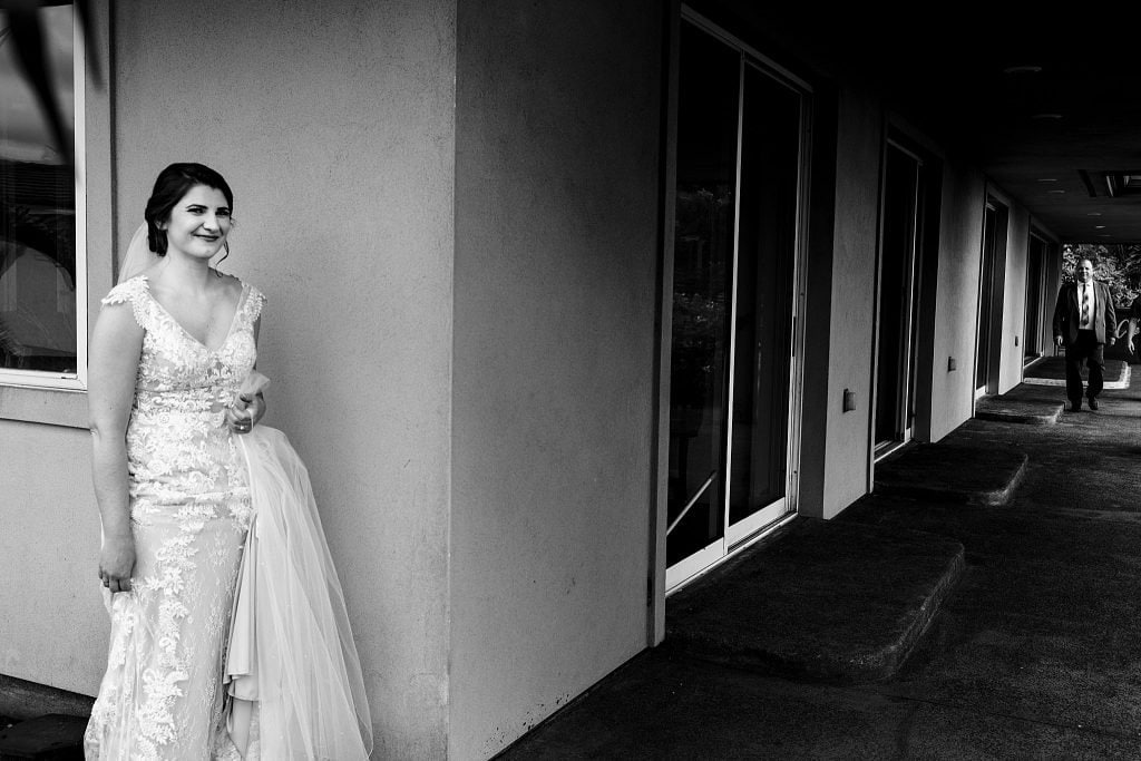 bride waiting for father for first look